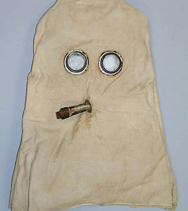 WW I Gas Mask Invented