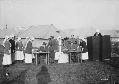 Canadian_nurses_voting_1917